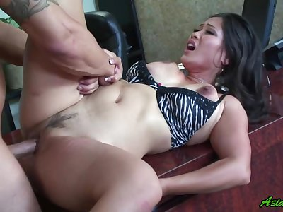 Jessica Bangkok gets her pussy licked and fucked by her horny friend