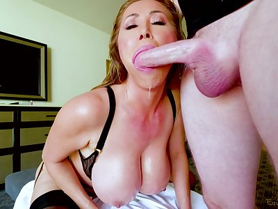 Kianna Dior is on her knees blowing and waiting for strong facial