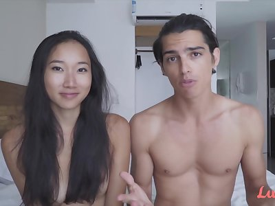 Young Asian Luna intimate with her fixture James in the hotel room