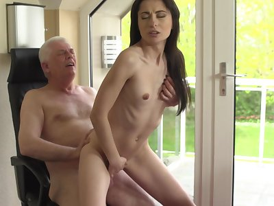 Sexy young babe ends up getting laid near her grandpa